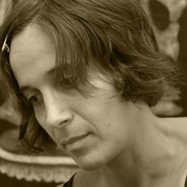 SARAH WILKINS holistic therapist