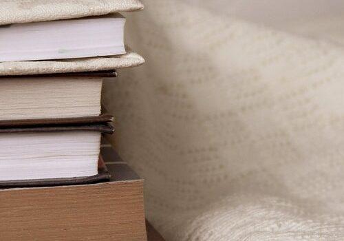 BooksandLinen.jpg